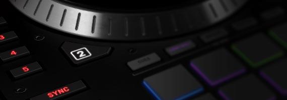 Acquista console per DJ Pioneer Serato Scratch Prezzo basso italia