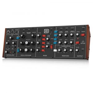 Behringer Model D Synthesizer Minimoog Clone