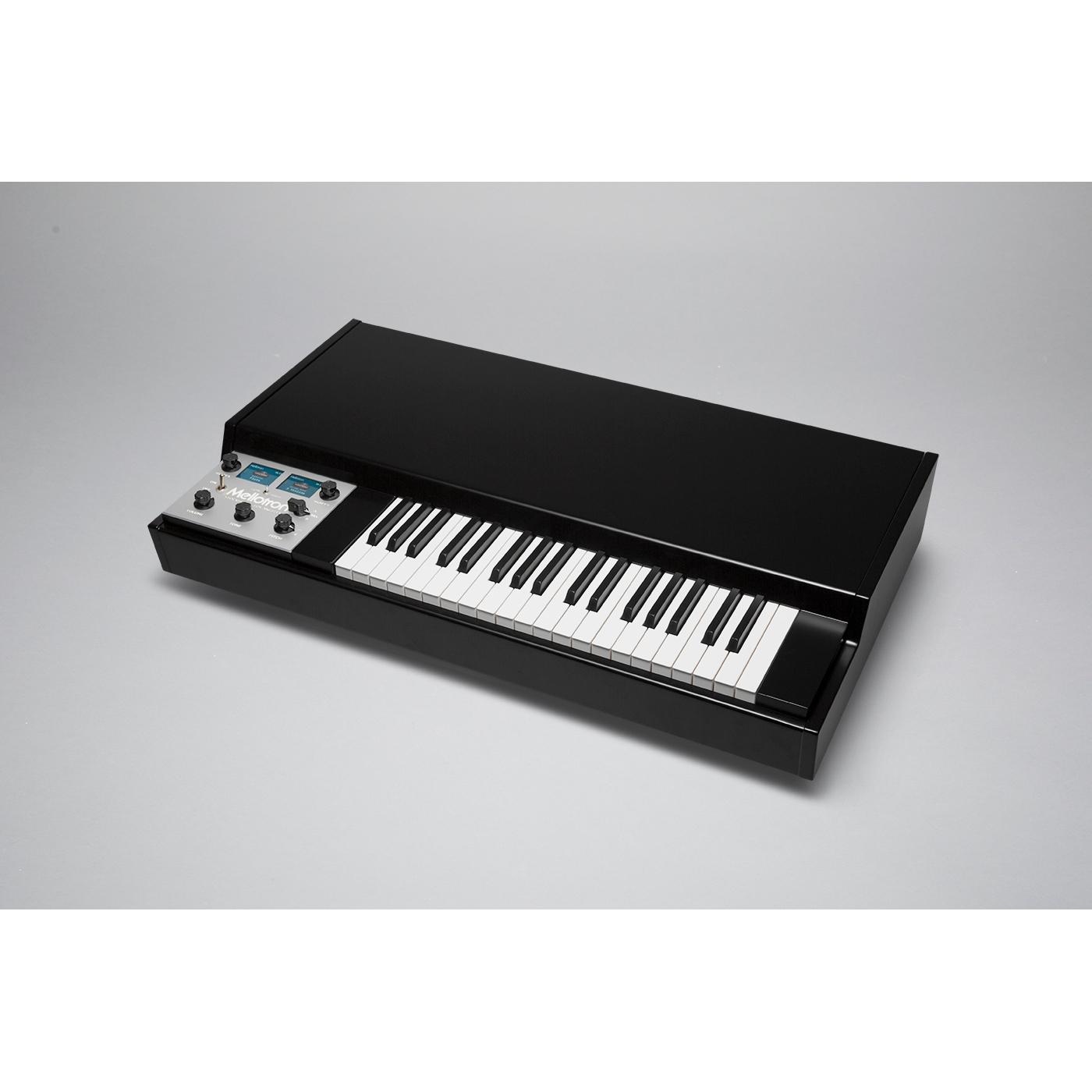 Mellotron M4000D Black